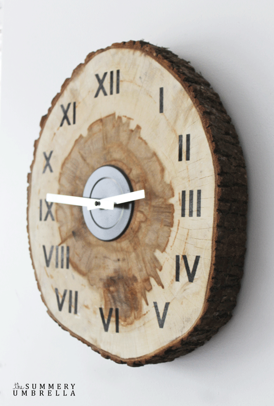 How to Make a DIY Wood Slice Clock