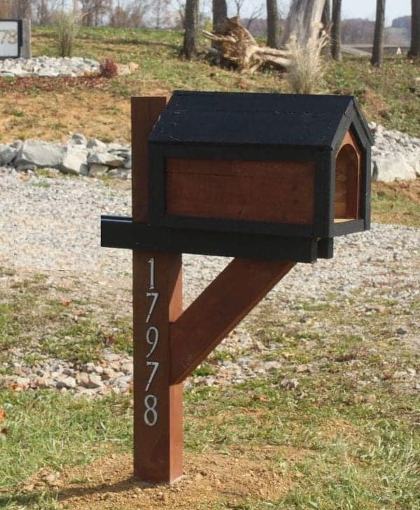 Constructing A Cool Mailbox From A Pallet – For Under $13!